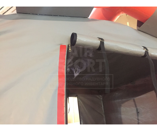 Decontamination tent